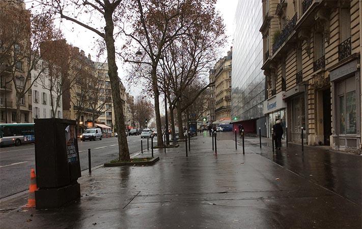 marlen-sauvage-pave-Paris
