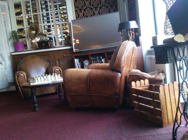 marlen-sauvage-cafe-hotel